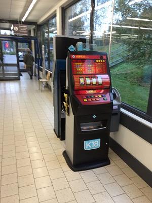 Финляндия игровые автоматы в магазинах игровые автоматы бокс груша lang ru